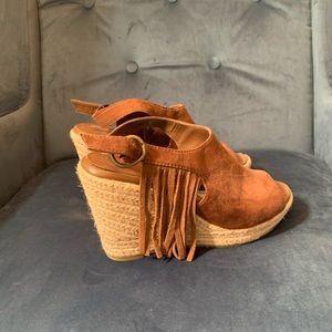 American Eagle suede wedges